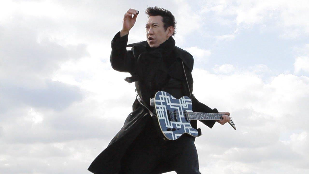 5a1456c17a650.jpg?resize=1200,630 - 布袋寅泰の愛用ギターは?布袋のギターテクニックがすごいわけとは?