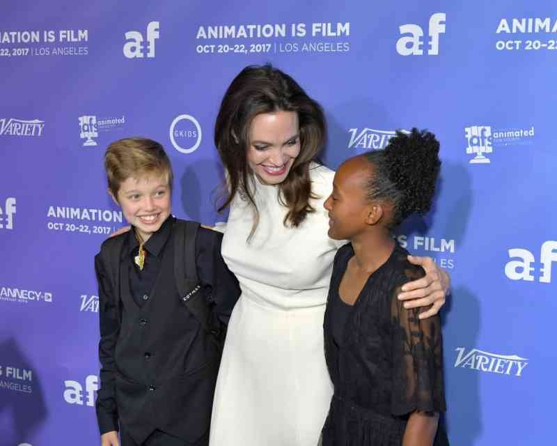 Angelina-Jolie-Her-Daughters-Red-Carpet-2017