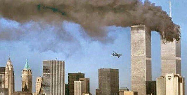 「911同時多発テロ 飛行機」の画像検索結果