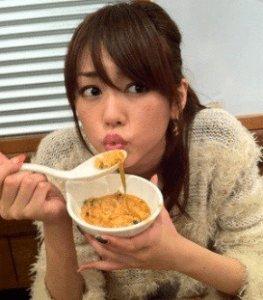 「桐谷美玲 大食い」の画像検索結果