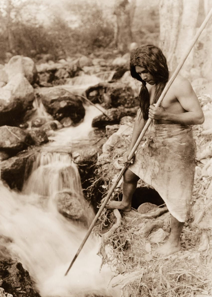 hupa-spear-fisherman-watches-for-salmon-in-1923