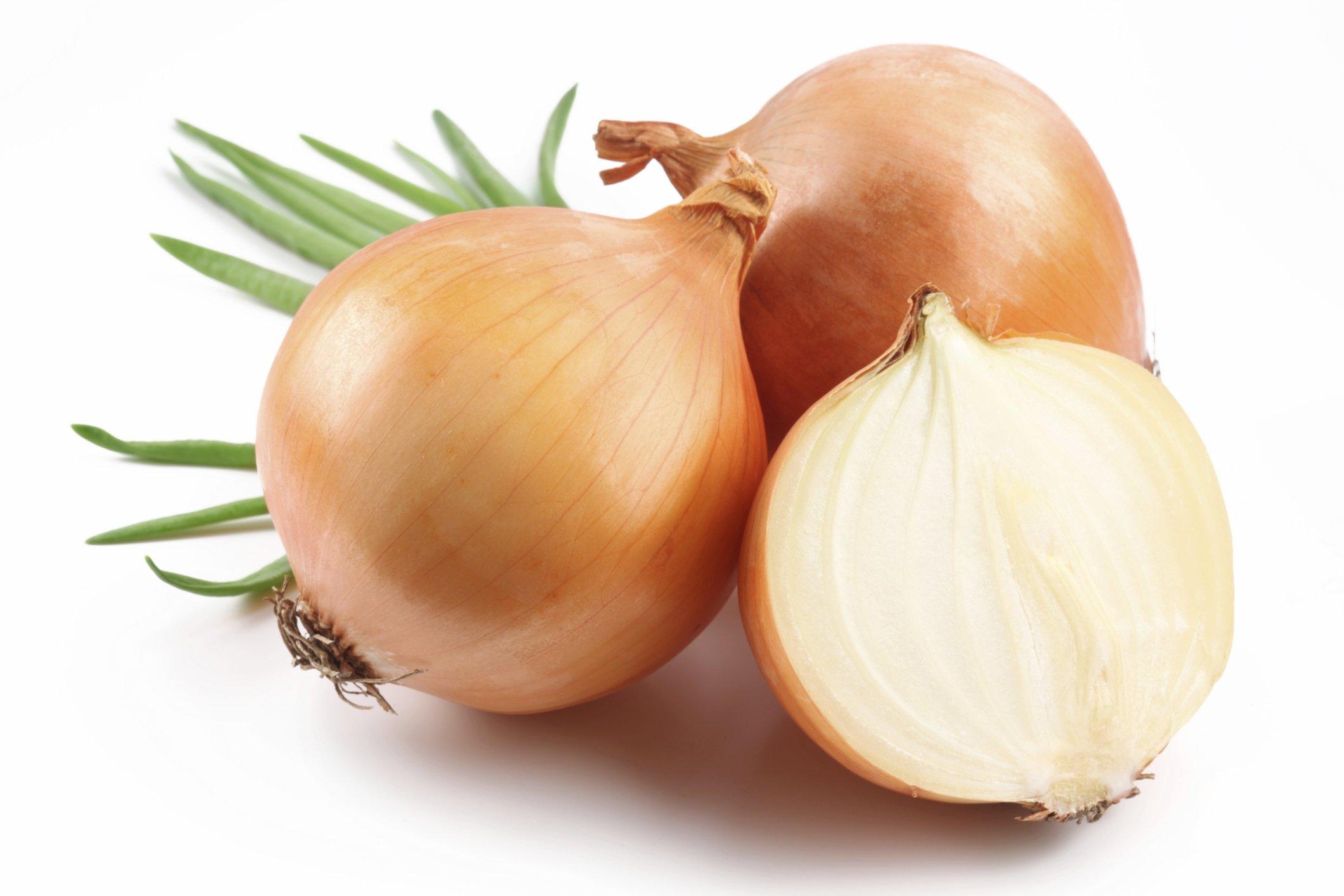 Onion - Dormir com cebolas dentro das meias? Veja o porquê!
