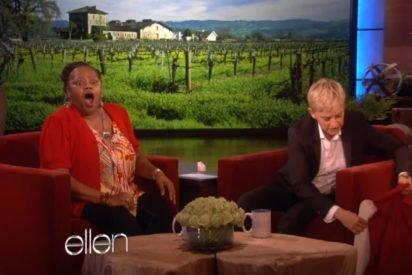 ellen surprises woman 2 412x275.jpg?resize=412,275 - Ellen DeGeneres Surprised Upset Single Mother With A Pile To Gifts