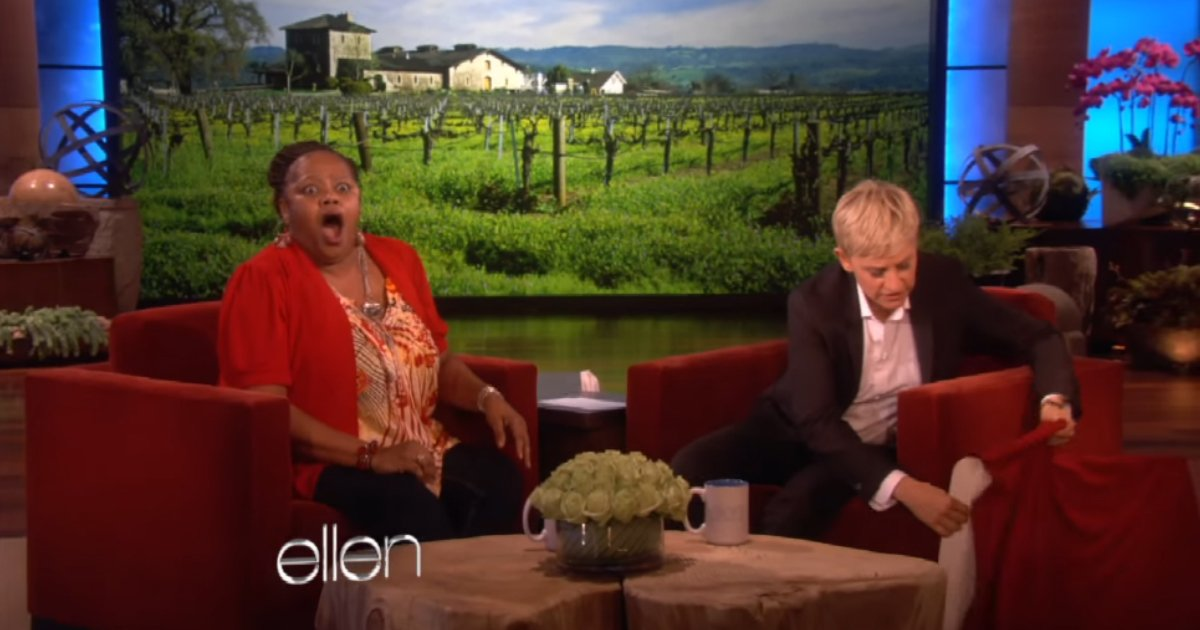 ellen surprises woman 2.jpg?resize=1200,630 - Watch This Single Mom Sobbing With Joy When Ellen Steps In To Do This!
