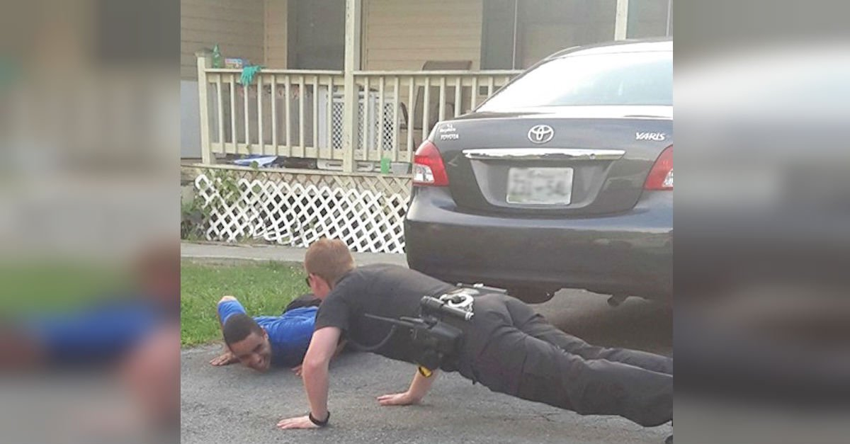 pushup2.jpg?resize=300,169 - Heartwarming: Sheriff Shows Up To Calm A Young Man With Autism... With Pushups!