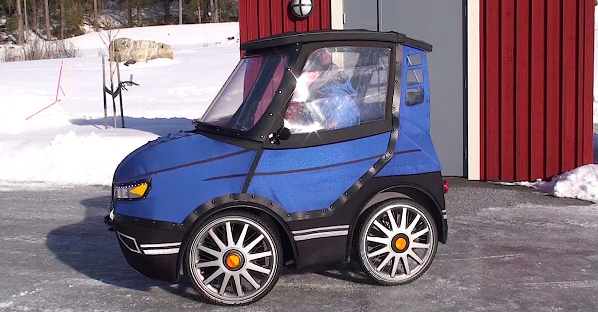 car1.jpg?resize=1200,630 - Man Showed Off His Small Car That Actually Works Like A Bicycle