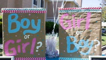 gender reveal 412x232.jpg?resize=412,232 - Parents Revealed Gender Of Their Twins During Gender Reveal Party