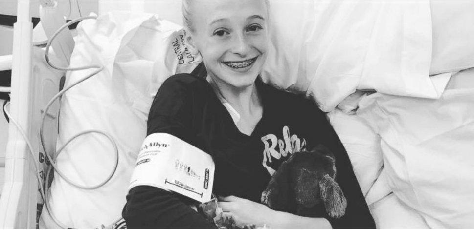 2017 01 10 오후 5.19.45.png?resize=412,232 - Girl Had An Emotional Reaction After Learning She Would Receive A New Heart