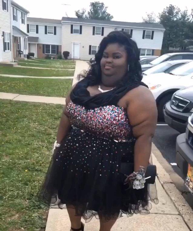 Tayja Jones in her beautiful prom dress. Image via Instagram.