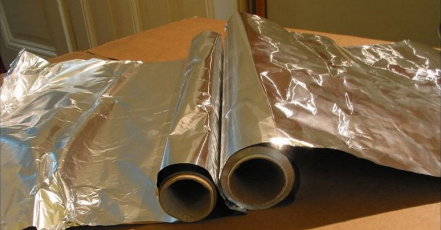 aluminum.png?resize=412,232 - Doctors' Warning: Stop Using Aluminum Foil NOW Or Face DEADLY CONSEQUENCES!
