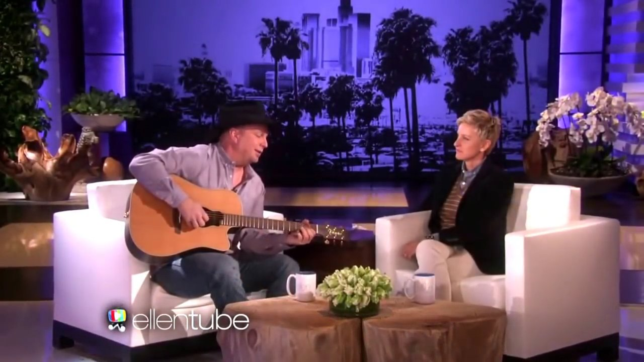 "download 3.png?resize=1200,630 - Garth Brooks Came Up With A Stunning Performance Of ""Mom"" On The Ellen Show"