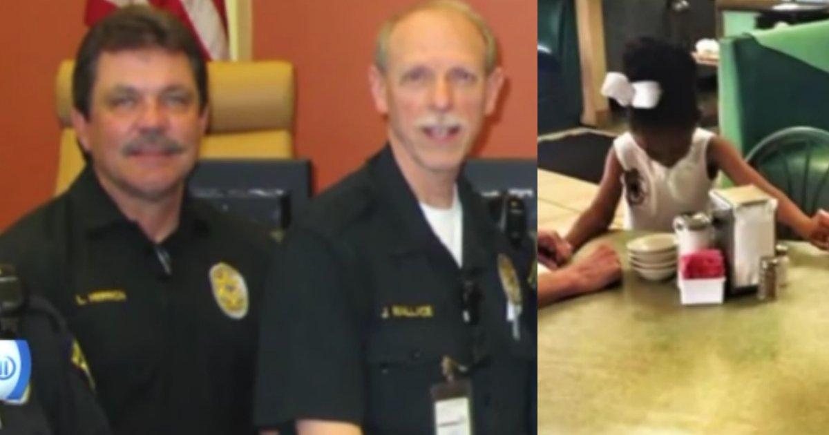 girl-prays-with-police