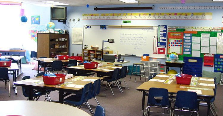 room 1.jpg?resize=412,275 - State Law Requires Schools To Teach In English Only And People Are Divided