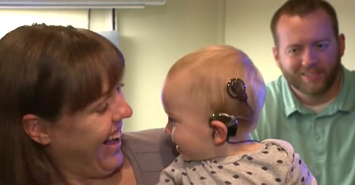 cochlear.jpg?resize=1200,630 - Baby Heard His Parents' Voices For The First Time And His Reaction Is Melting People's Hearts