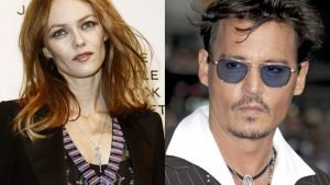 depp and paradis main 300x169 - Anticiper une rupture: 5 signes que le couple bat de l'aile