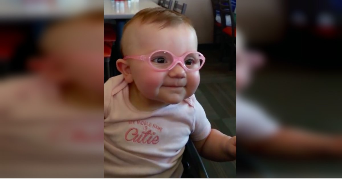 glasses.jpg?resize=1200,630 - Baby Couldn't Stop Smiling After Wearing Eyeglasses And Seeing Properly For The First Time