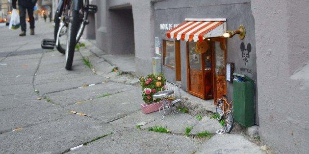 http o aolcdn com hss storage midas 1e633a8c0993882ca279140e8de3f98e 204809341 584ad6501c00002f000eab2d 1.jpg?resize=1200,630 - En Suède, on crée des boutiques pour souris dans la rue !