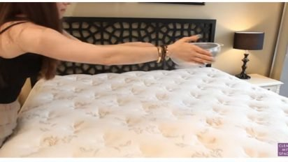 mattress baking soda cover 412x232.jpg?resize=412,232 - Simple Way To Clean A Mattress In 30 Minutes With Baking Soda