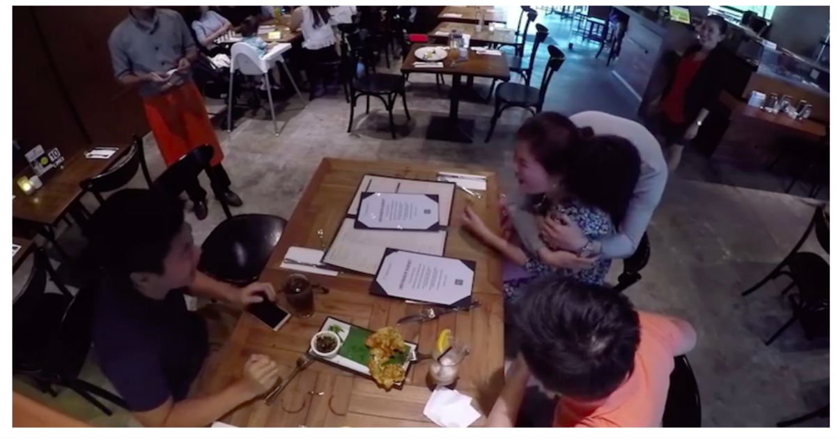 son table.jpg?resize=1200,630 - Student Surprised Parents At Restaurant, They Couldn't Recognize Him Even Though He's Sitting In Front Of Them