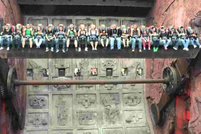 talocan ride phantasialand 412x275.jpg?resize=412,275 - This Innocent-Looking Ride In Germany Makes People's Stomach Turn