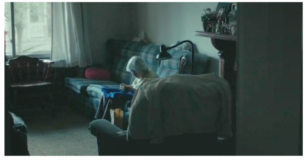 voyager film senior citizen.jpg?resize=1200,630 - 98-Year-Old Woman Revealed How Hard It Is Living On Her Own At Old Age