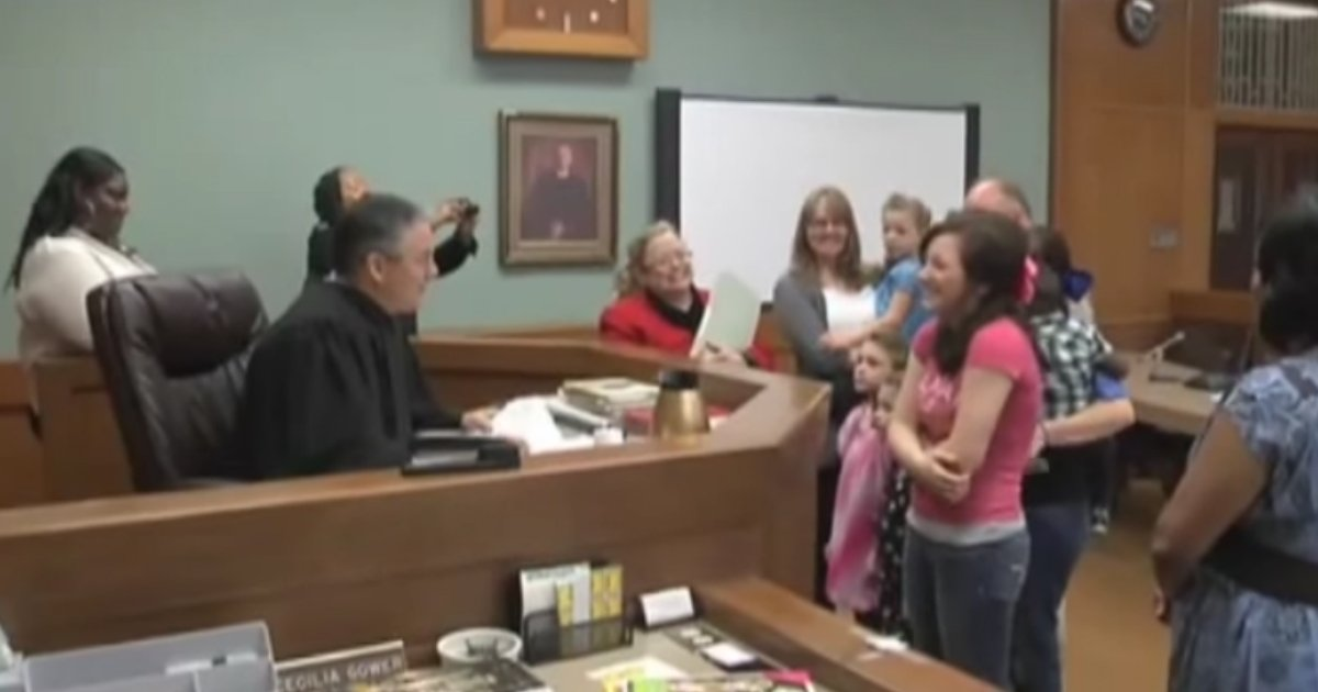 adoption in christmas.jpg?resize=1200,630 - 16-Year-Old Girl Shed Tears Of Happiness After Finally Getting Adopted
