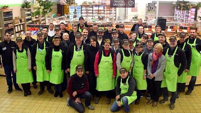 coeur paysan colmar agriculteurs achetent supermarche une 2 696x392.jpg?resize=1200,630 - Ils rachètent un supermarché pour court-circuiter la grande distribution