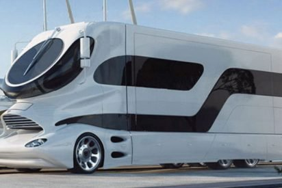 rv 412x275.jpg?resize=412,275 - This $3 Million Mobile Home Will Drive You Straight Into The Lap Of Luxury