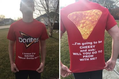 doritos 412x275.jpg?resize=412,275 - Teen Came Up With Extra Cheesy Prom Proposal Using His Date's Favorite Snack To Pop The Question