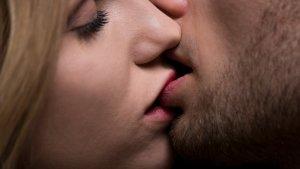 on oublieque les hommespeuvent ecc82trevictimes 5 1 300x169 - Les 4 secrets des couples qui durent longtemps