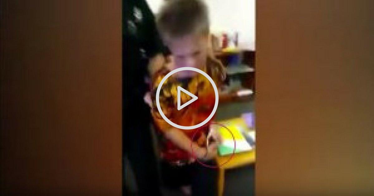 on oublieque les hommespeuvent ecc82trevictimes.png?resize=1200,630 - Scandaleux : ce jeune autiste de 10 ans se fait menotter et arrêter par la police !
