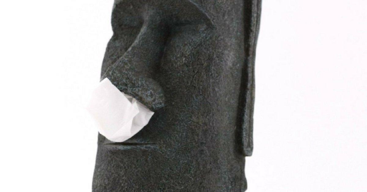 sans titre 5 1.png?resize=1200,630 - Découvre ce distributeur de mouchoirs en forme de statue de l'île de Pâques