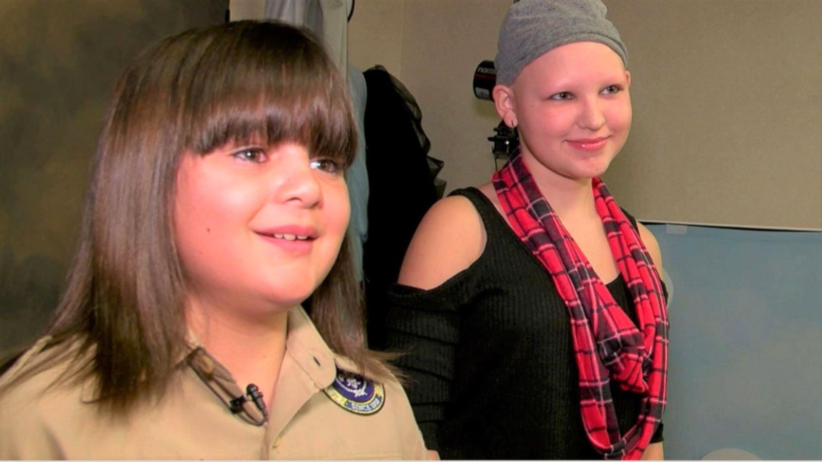 170104 vod orig boy donates hair 16x9 1600 - Cette fillette malade est chauve, ce que fait ce garçon de 10 ans va vous surprendre