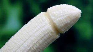 banana 1238713 1280 1 300x169 - 素直に語る!女性が最高に気持ちいいペニスの特徴3選
