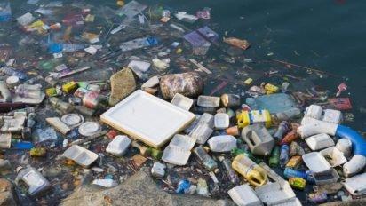 full 29640 412x232.jpg?resize=412,232 - Notre consommation de plastique devient un réel danger, mais personne ne s'en soucie !