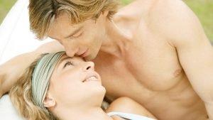 manandwoman 300x169.jpg?resize=300,169 - 6 signes qui prouvent qu'il est vraiment amoureux de vous