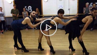 on oublieque les hommespeuvent ecc82trevictimes 8 412x232.png?resize=412,232 - Vidéo virale: cette dance de Beyoncé par 3 hommes en talons va vous scotcher