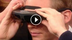 sans titre 2 4 300x169 - Cet homme aveugle voit son fils et sa femme pour la première fois !