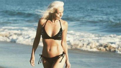 sans titre 3 5 412x232 - Cette mannequin de 61 ans vous révèle ses secrets de beauté !