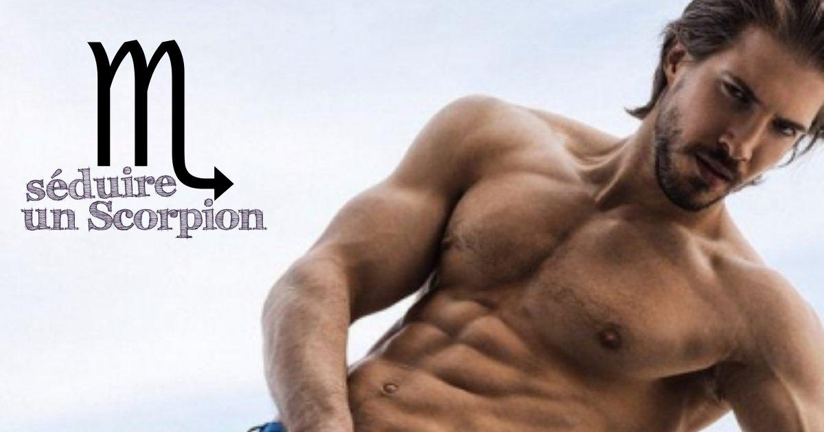shirtless man friday 400x300.jpg?resize=1200,630 - Astrologie : 5 choses à savoir pour séduire un homme Scorpion