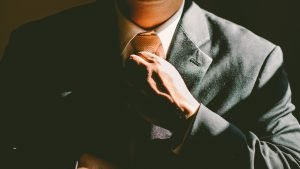 tie 690084 1920 300x169.jpg?resize=300,169 - これを見ればみんな起業家に憧れる映画&ドラマおすすめ5選