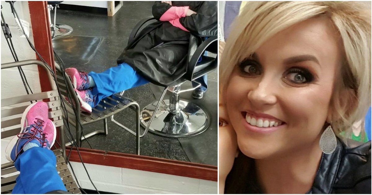 nurse sleeps while hair done.jpg?resize=412,232 - Nurse Falls Asleep During Her Hair Done. When Stylist Notices Her Shoes, She Secretly Captures It