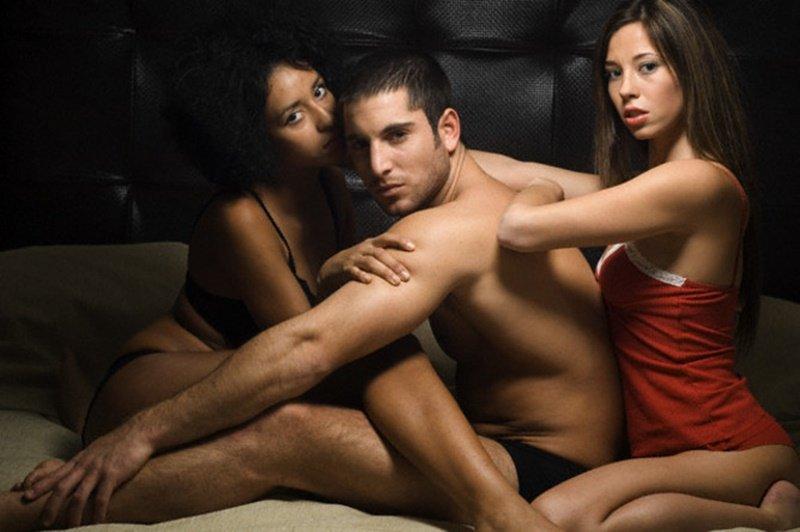 0 12 - 毛深い?痩せた大食い?…性欲が強い男性の共通点4