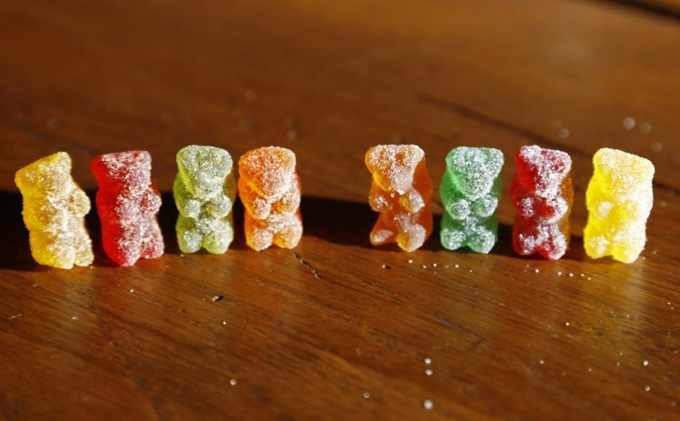 11 teens ill after eating drug-laced gummy bears FILE PHOTO: Marijuana-infused sour gummy bear candies (L) are shown next to regular ones at right in a photo illustration in Golden, Colorado October 17, 2014. As children around the country prepare their costumes in anticipation of Halloween goodies on Oct. 31, police in Colorado are warning parents that some treats may not be all they seem. Since Colorado and Washington this year became the first U.S. states to allow recreational sales of pot to adults, much of the public debate has focused on marijuana-infused products such as chocolates, cookies and candies, given their potential to attract children or be eaten accidentally. REUTERS/Rick Wilking (UNITED STATES - Tags: SOCIETY FOOD DRUGS HEALTH) - RTR4AL9G