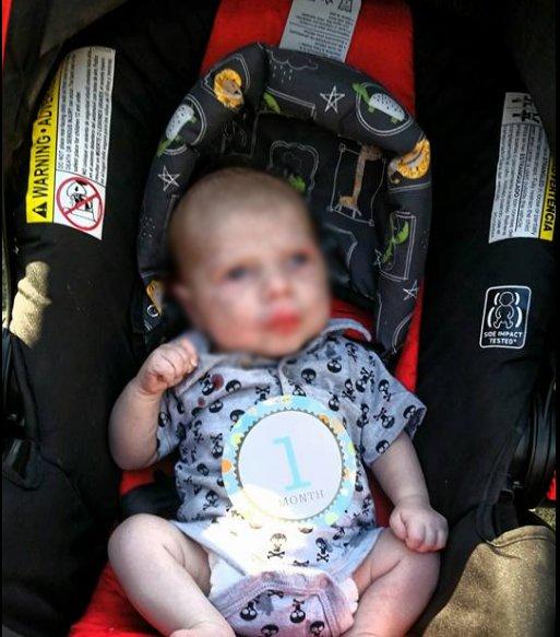 17081805007 - 건강하게 태어나 '6주' 만에 세상 떠난 아기, 부모는 태연하게 죽은 아기와 '인증샷'