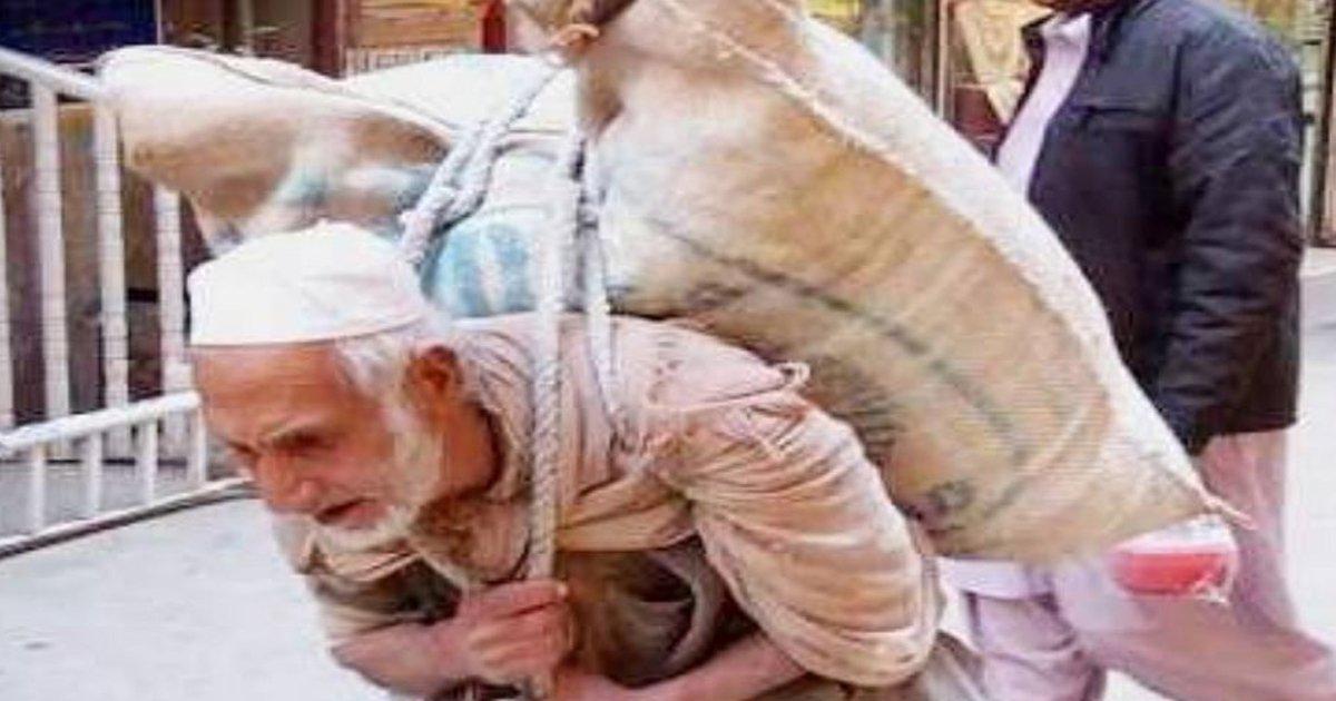 48.jpg?resize=648,365 - '25년, 100kg, 매일' 가족을 위해 밀가루 포대 나르는 노인의 사연