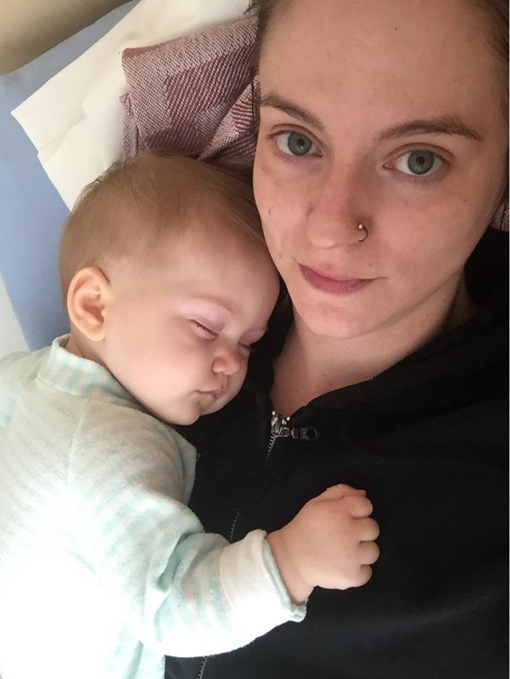 article 3 1 1 - 아픈 아기 달래려고 '진통제' 먹였다가...'경악'하고만 엄마