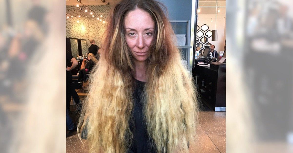 ec9db4eba684 ec9786ec9d8csdfasdfsadf 2.jpg?resize=412,232 - Une future mariée n'a pas coupé ses cheveux longs jusqu'aux hanches depuis des années, alors la styliste la transforme totalement pour son mariage