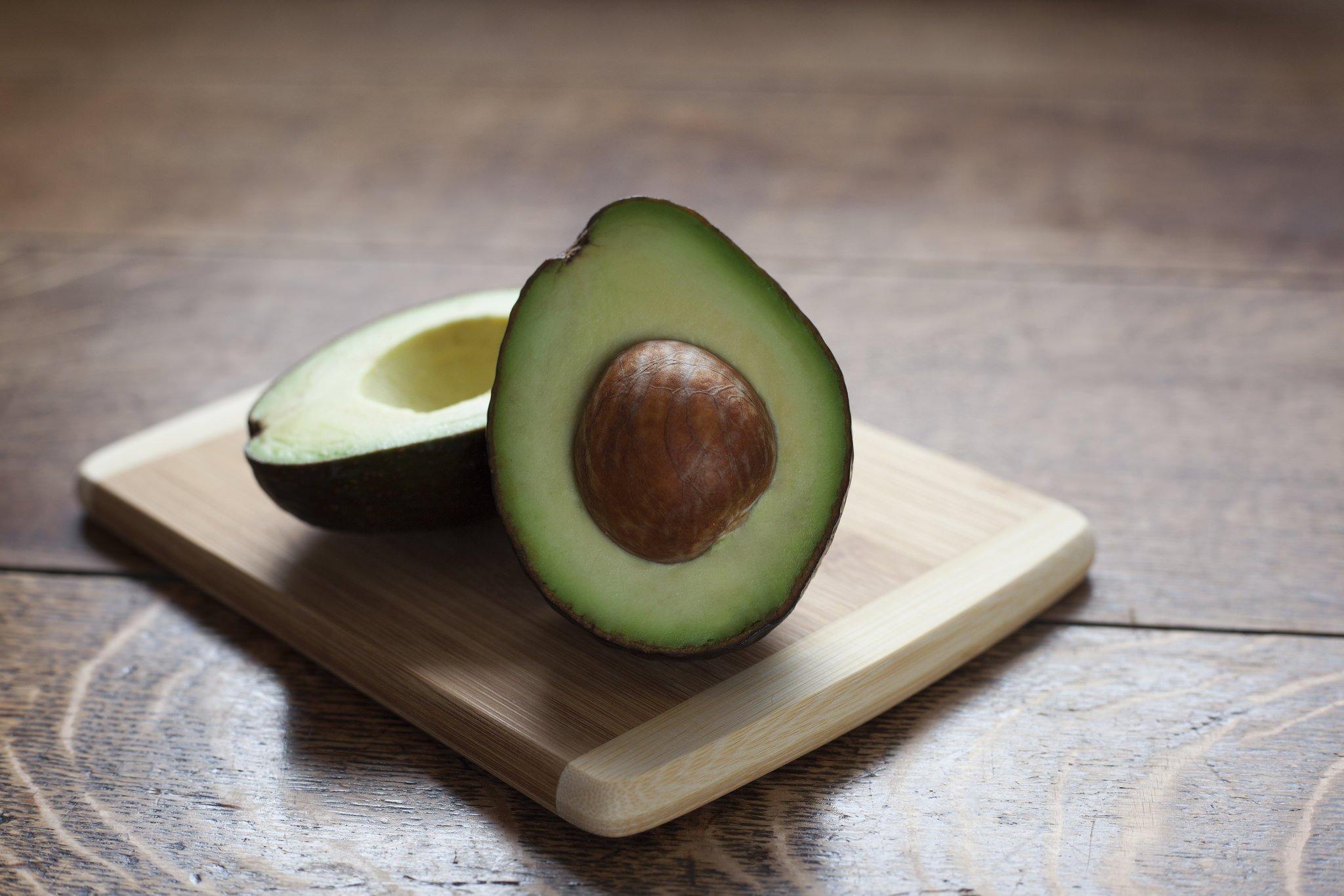 29215779510 6fe096ab24 z 1.jpg?resize=412,275 - 9 motivos sensacionais para você começar a comer abacate