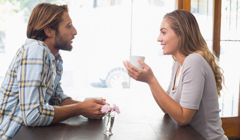 couple-talking-1